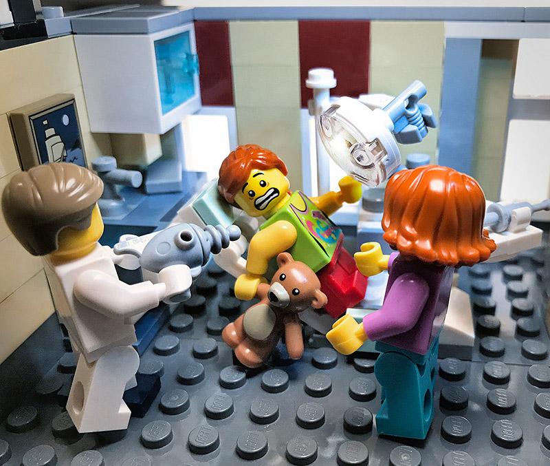 toy-photography-lego-dentist