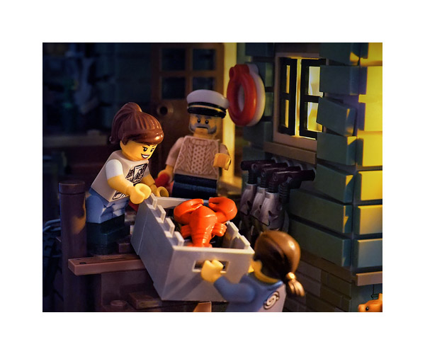 lego-fishermans-store3-thumb
