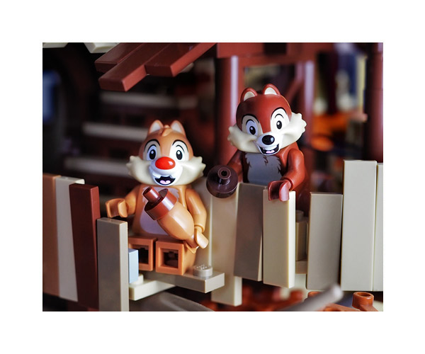 Lego-Chip-n-Dale-thumb